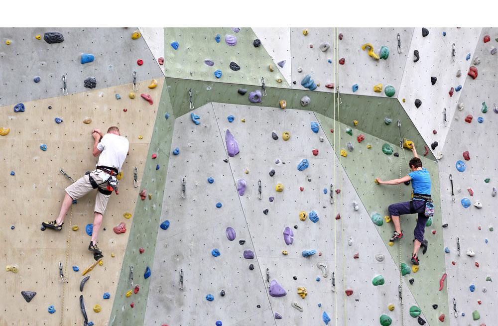 Bild Kletterwand - Schritt für Schritt vorwärts
